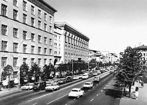поиск офисных помещений Староорловская улица