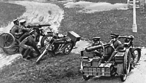 Английские пулемётчики на мотоциклах