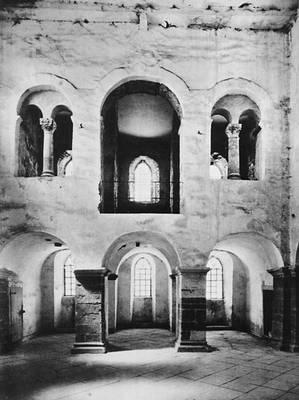 Вестверк церкви в Корвее (ФРГ). 873—885. Внутренний вид.