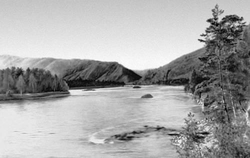 Река Обь в районе города Барнаула.: dic.academic.ru/dic.nsf/bse/115416/Обь