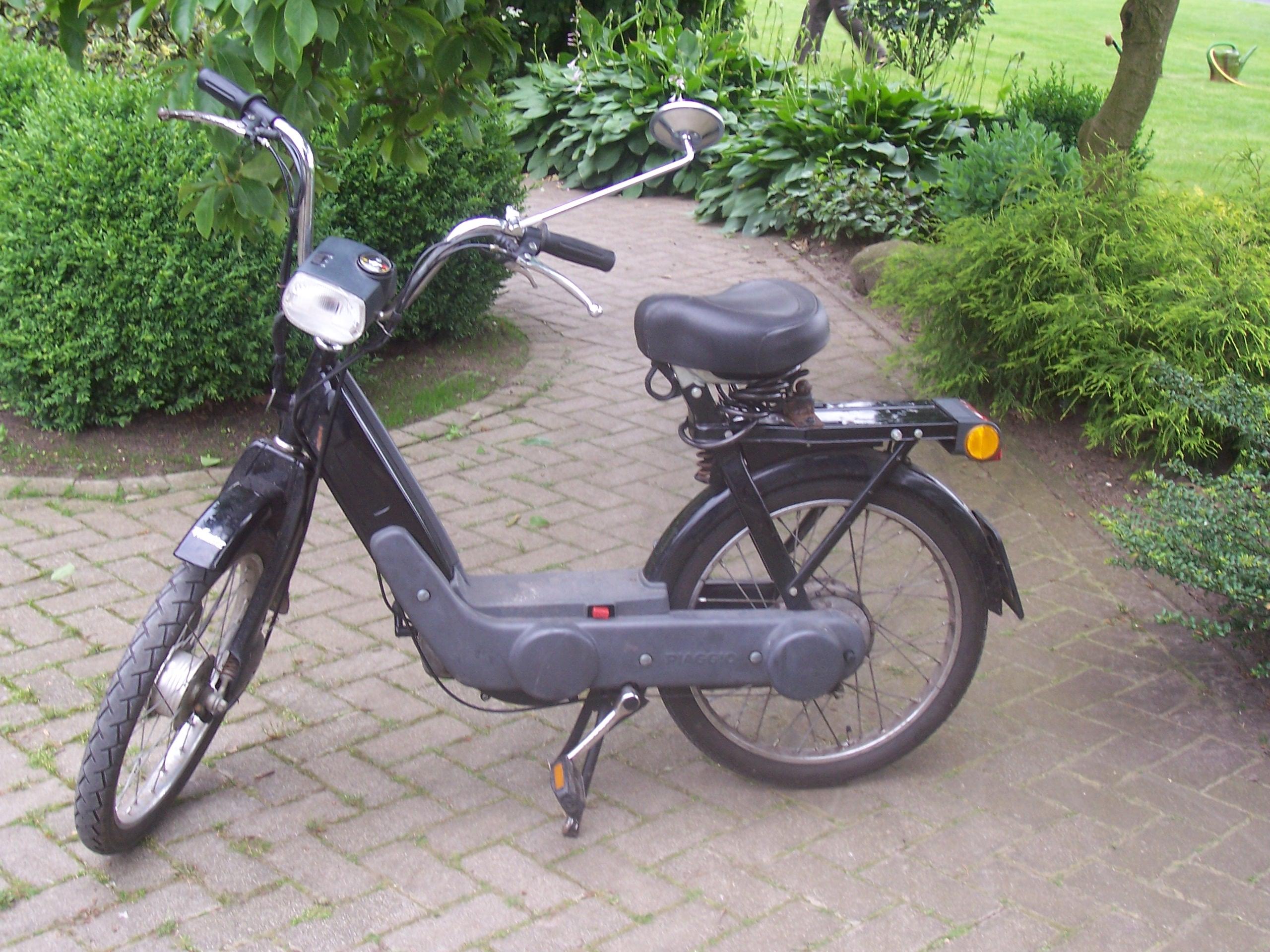 Piaggio Ciao Moped PXV 40 km/h ab Werk in Nordrhein