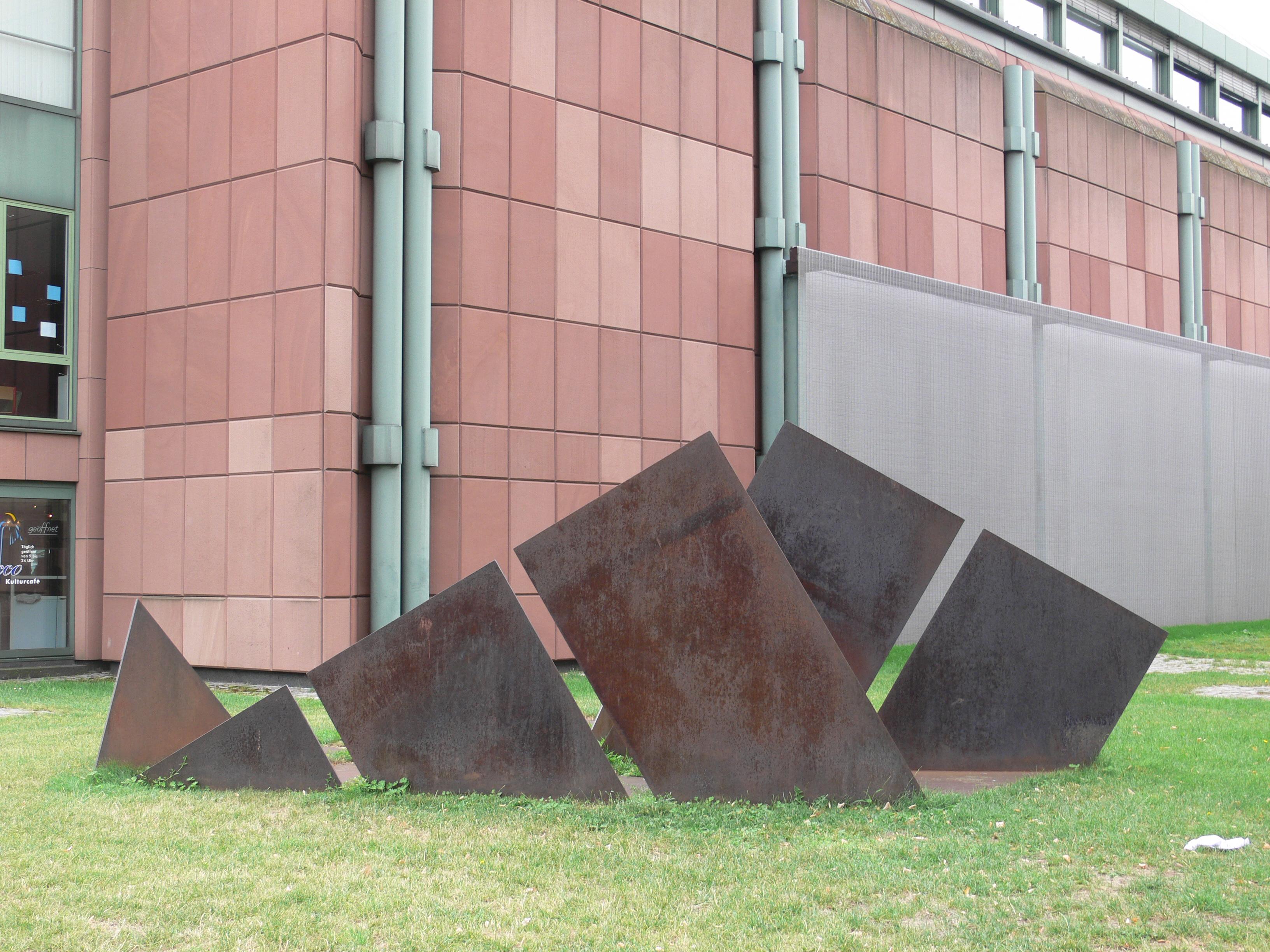Bildhauerinnen. Von Kollwitz bis Genzken, Kunsthalle