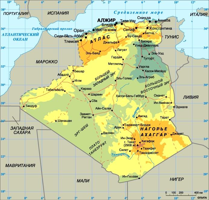 Алжир. Столица - Алжир. Население - 29,5 млн. человек (1997). Плотность населения - 12 человек на 1 кв. км. Городское население - 56%, сельское - 44%. Площадь - 2381,74 тыс. кв. км. Самая высокая точка - гора Тахат (2908 м), самая низкая озеро Мельгир (-40 м). Основные языки: арабский (государственный), французский. Государственная религия - ислам. Административно-территориальное деление: 48 вилай (провинций). Денежная единица: динар = 100 сантимам. Национальный праздник: Годовщина революции - 1 ноября. Государственный гимн: Мы клянемся...