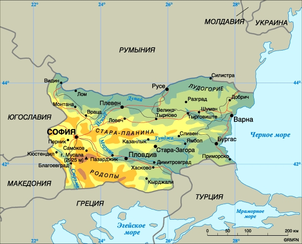 площадь ленинградской области в кв км