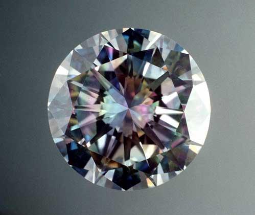 Алмаз после огранки