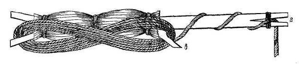 Рис. 9. Западносибирский мотылек с намотанной лесой.
