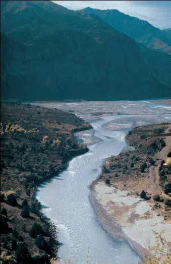 Река Обихингоу. Западный Памир