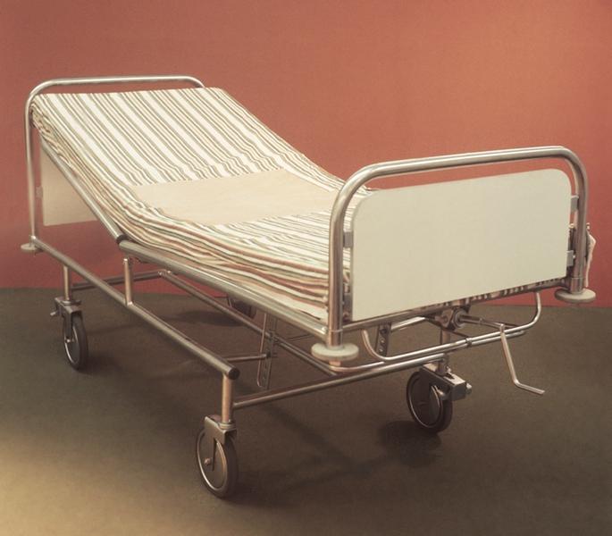 Рис. 7. Кровать функциональная