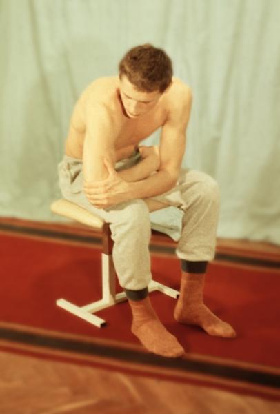 Физические упражнения после операции по поводу привычного вывиха плеча.