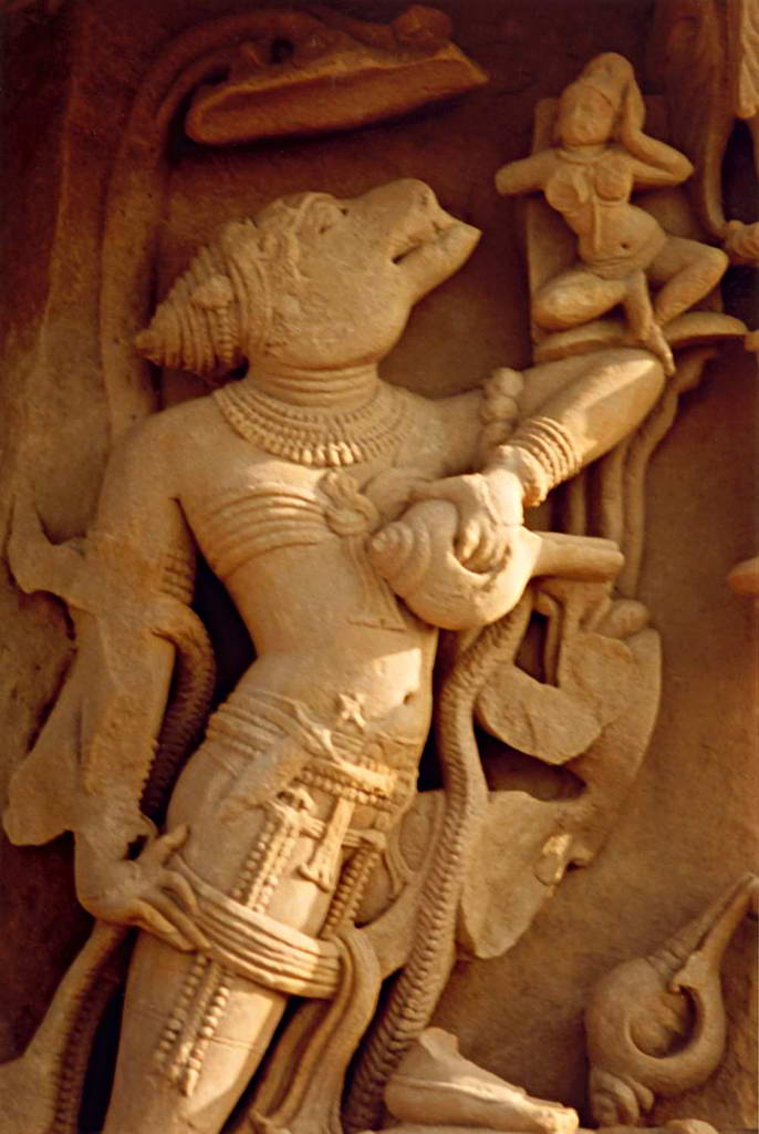 Вараха с Лакшми. 15 век