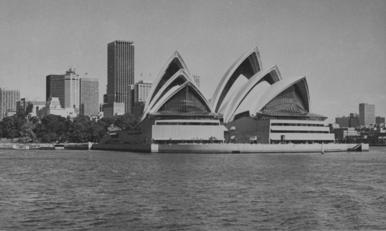 Й. Утзон. Оперный театр в Сиднее. 1959 - 1966.
