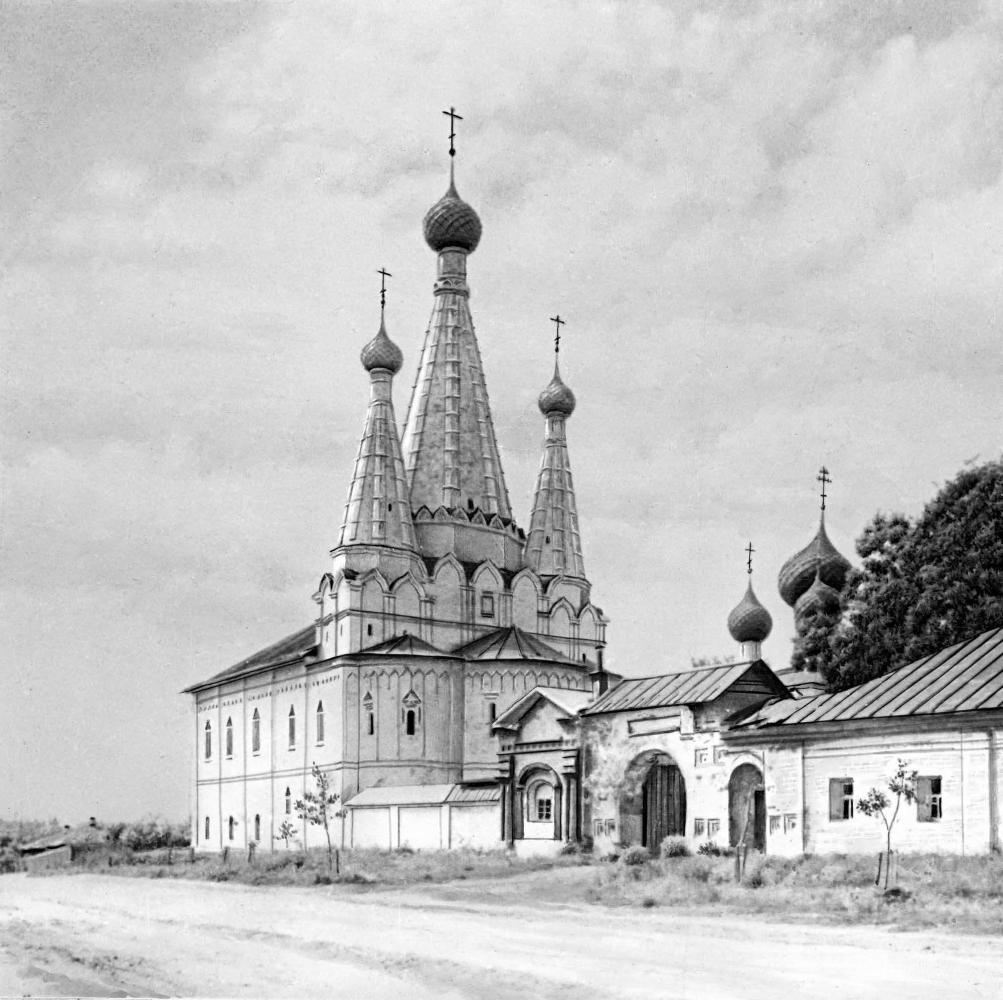 Успенская церковь (