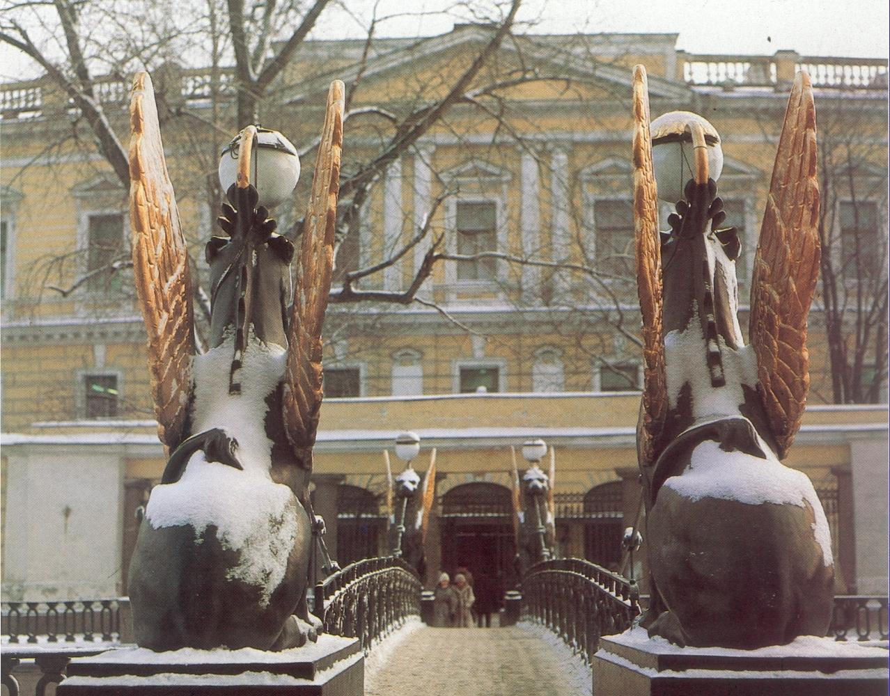 Банковский мост зимой