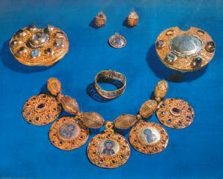 золотые часы эрмитаж