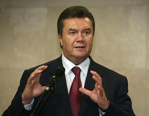 Янукович будет поздравлять с Новым годом
