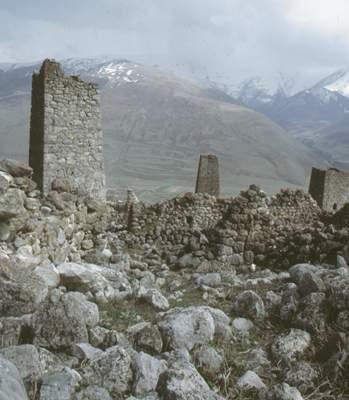 Остатки древнего поселения.