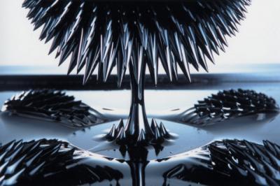 Картинки по запросу ферромагнитная жидкость