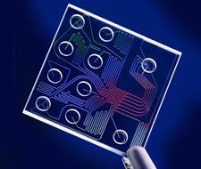 Лаборатория на чипе производства фирмы Agilent (США).