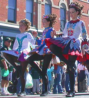 http://dic.academic.ru/pictures/wiki/files/100/dscn0044_irishdancers_e.jpg