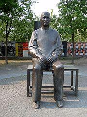 Cremer Brecht.jpg
