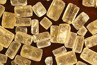 Молекула сахарозы состоит из остатков, применение дисахаридов