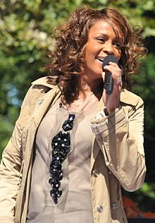 Flickr Whitney Houston performing on GMA 2009 4.jpg