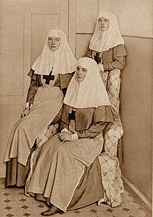 http://dic.academic.ru/pictures/wiki/files/50/220px-Russian_Sisters_Romanovs_of_Charity.jpg
