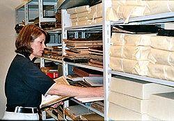 Кто такой архивариус и чем он занимается