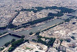Вид Сены с Эйфелевой башни