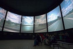 Единственный же в СССР кругорамный кинотеатр был открыт в