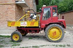 Самоходное шасси (трактор) Т-16М.