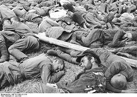Bundesarchiv Bild 101I-006-2212-30, Russland, Gefangene russische Soldaten.jpg