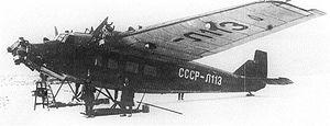 Aeroflot ANT-9 SSSR-L113 mounted on skis.jpg
