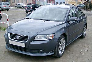 Volvo S40 (второе поколение)