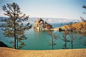 Шаман-скала на острове Ольхон