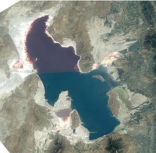 Спутниковый снимок Большого Солёного озера