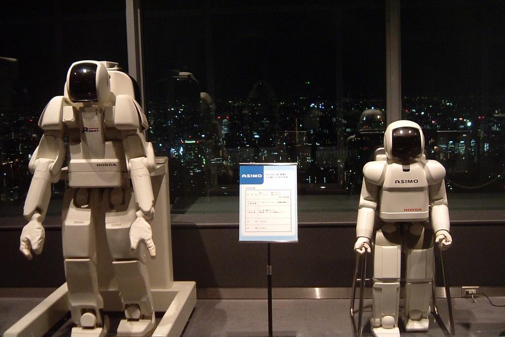ТОП-5 человекоподобных роботов