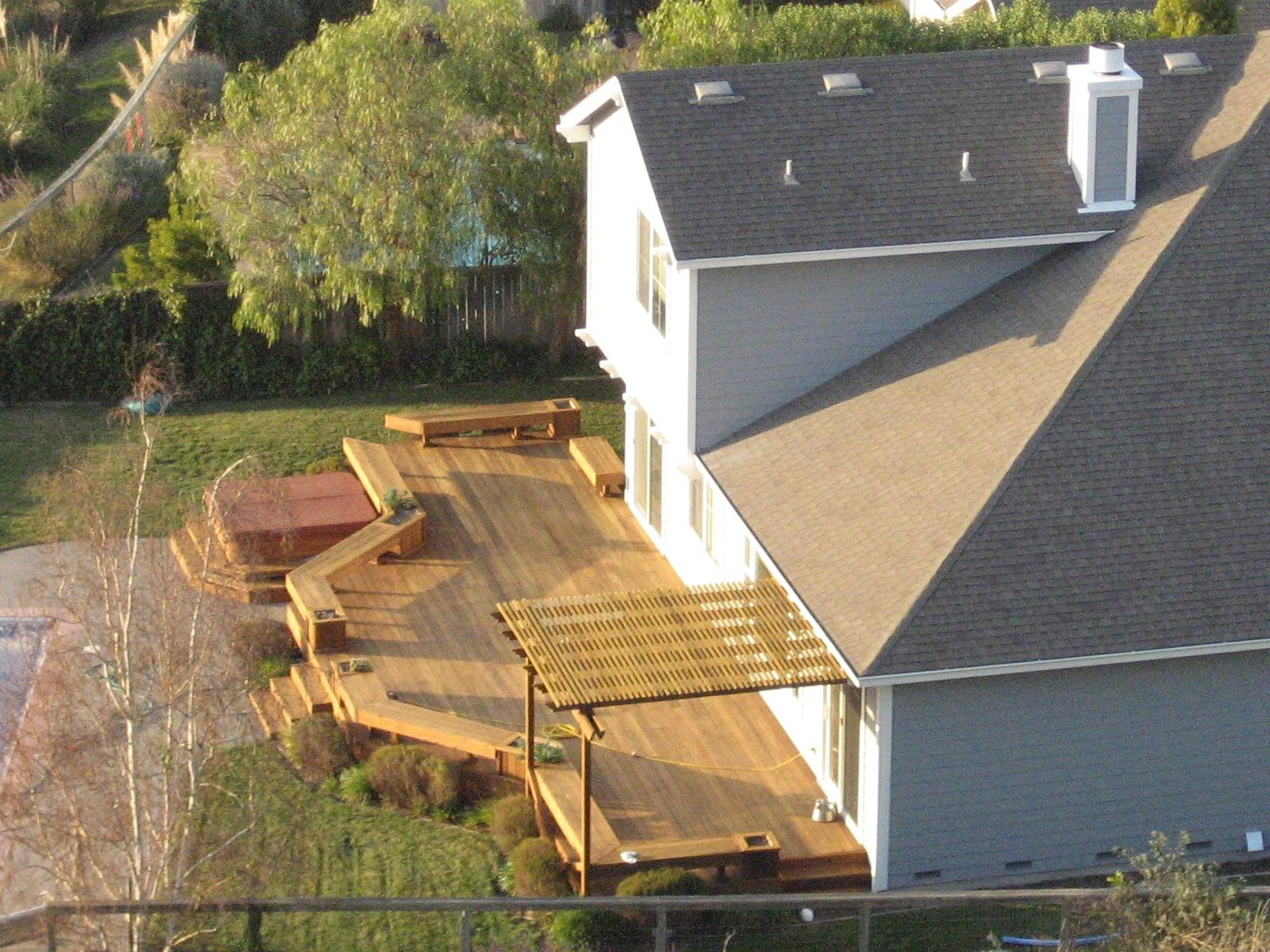Открытая терраса к дому фото