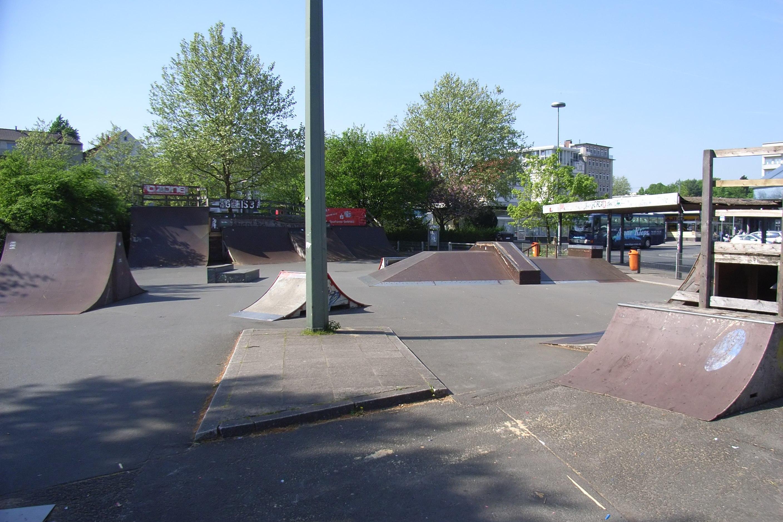 http://dic.academic.ru/pictures/wiki/files/66/Bielefeld_Kesselbrink_Skatepark.jpg