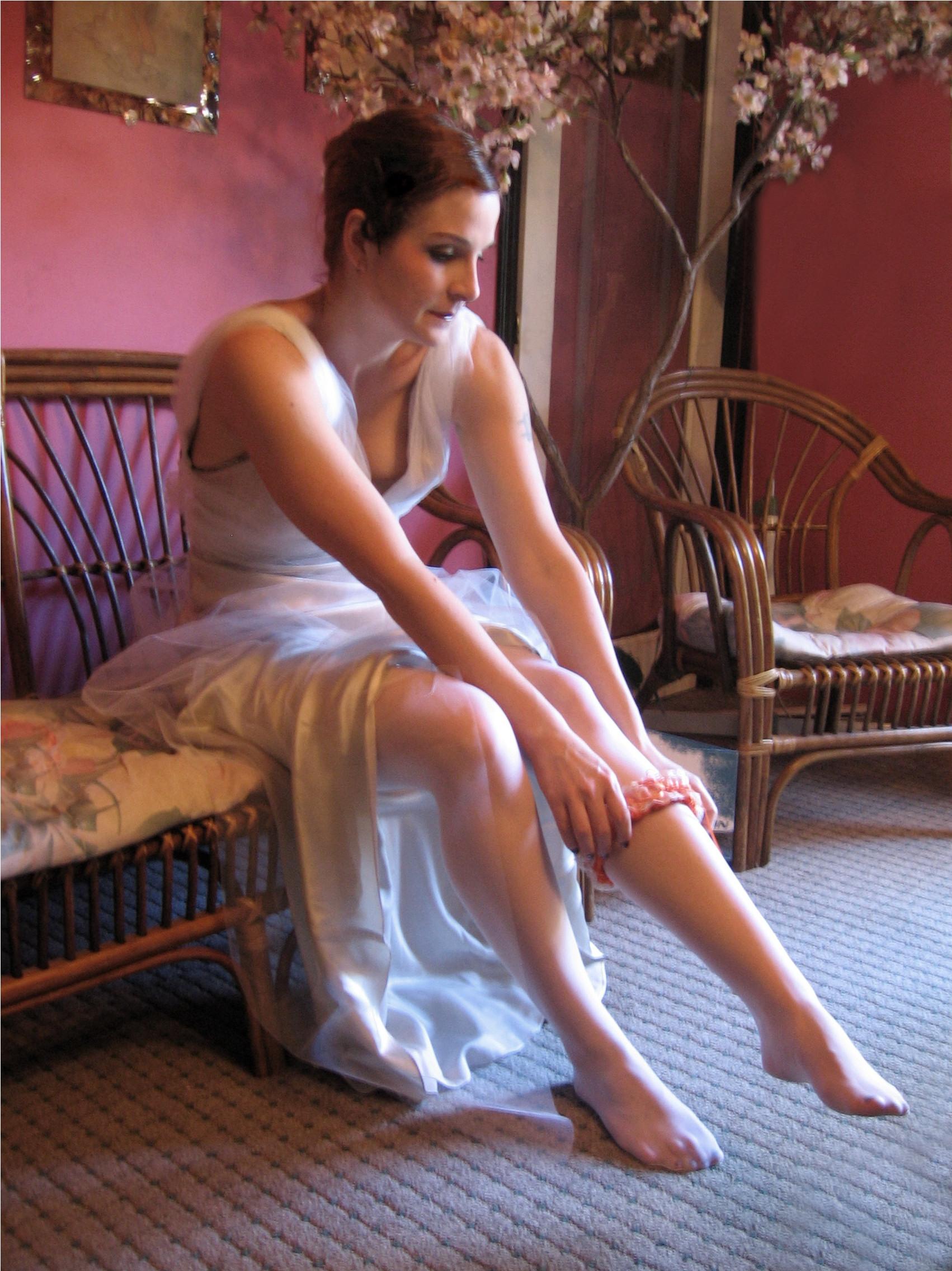 Фото невесты в чулках 25 фотография