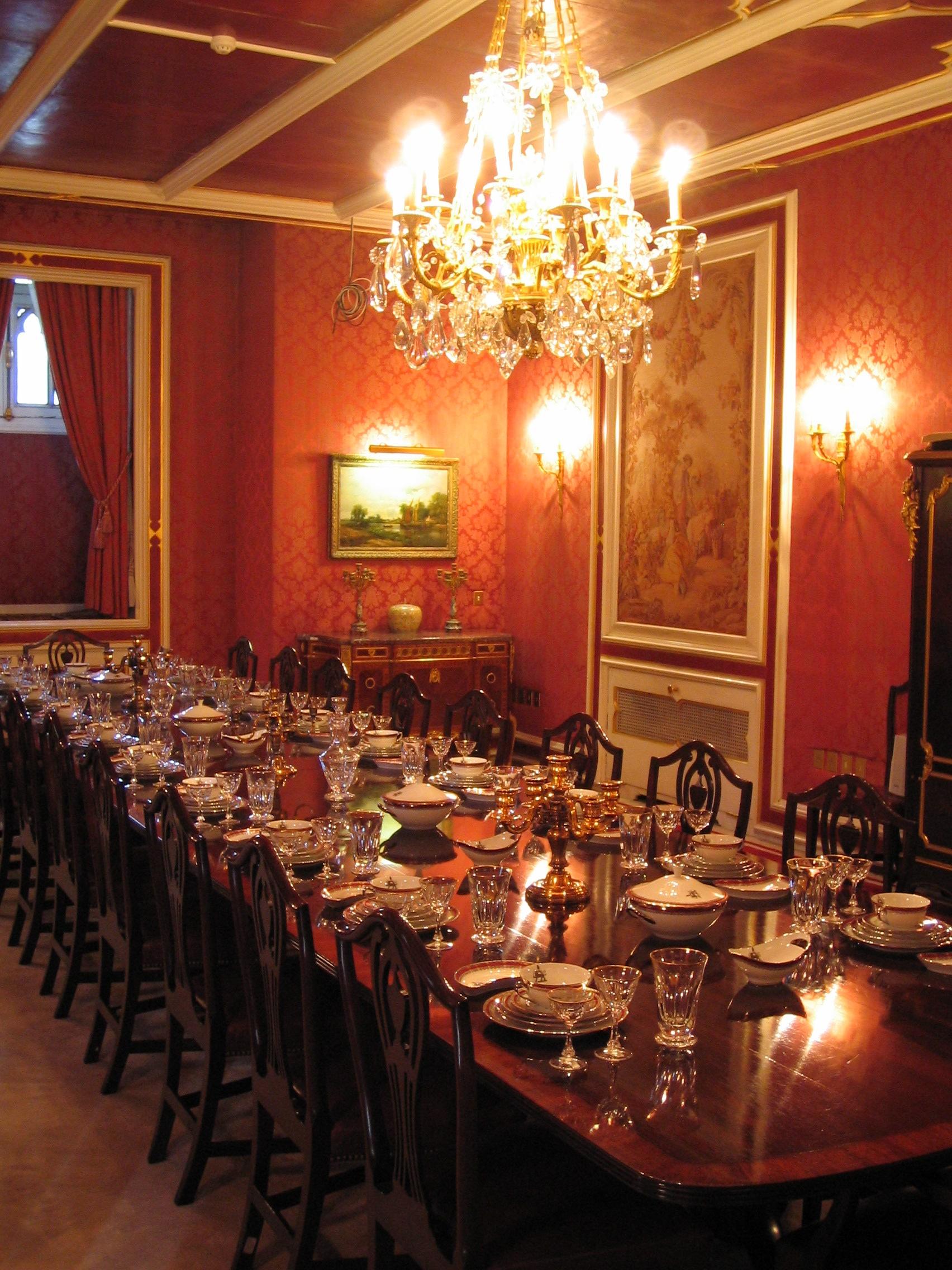 : Diningroom from dic.academic.ru size 1704 x 2272 jpeg 1088kB