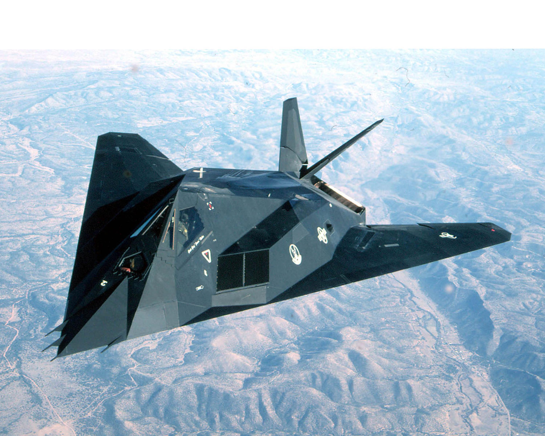 F-117_Nighthawk_(2152066098).jpg