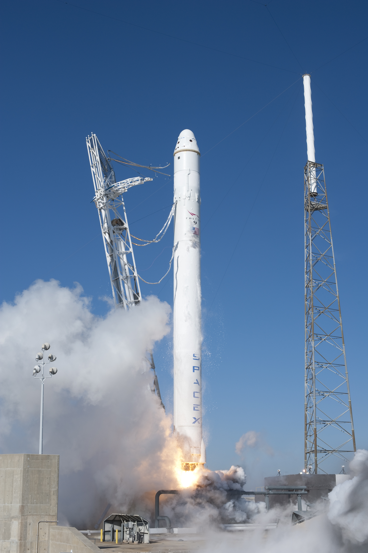 запуск spacex falcon