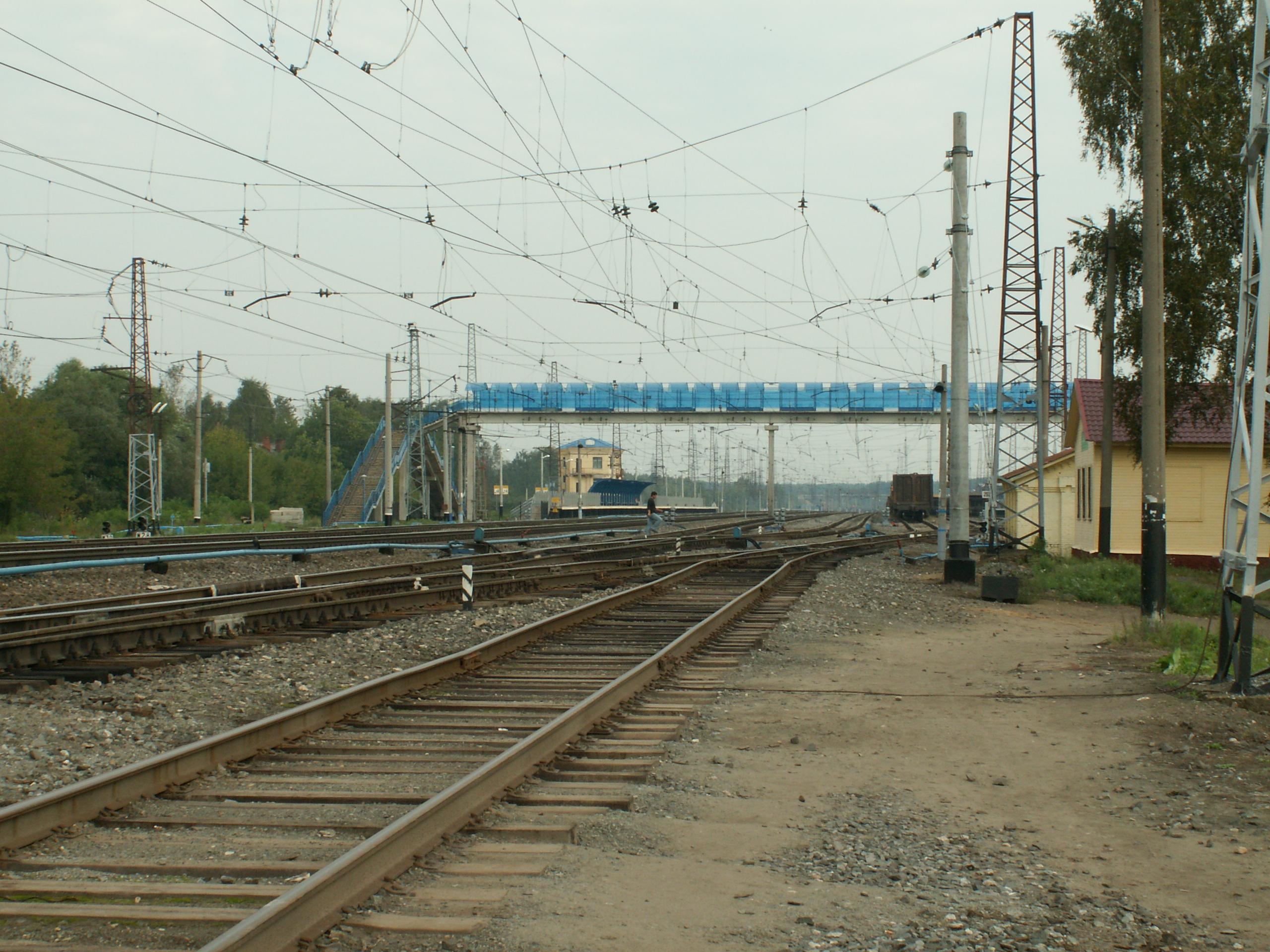 На станции Филино ребенка сбил локомотив.