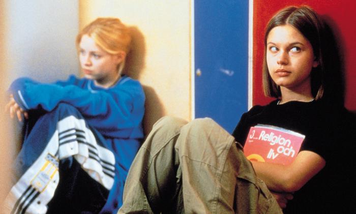 Александра Дальстрём И Ребека Лильеберг Целуются – Покажи Мне Любовь (1998)
