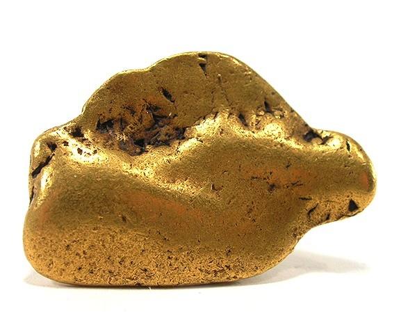 Хорошо окатанный самородок золота из