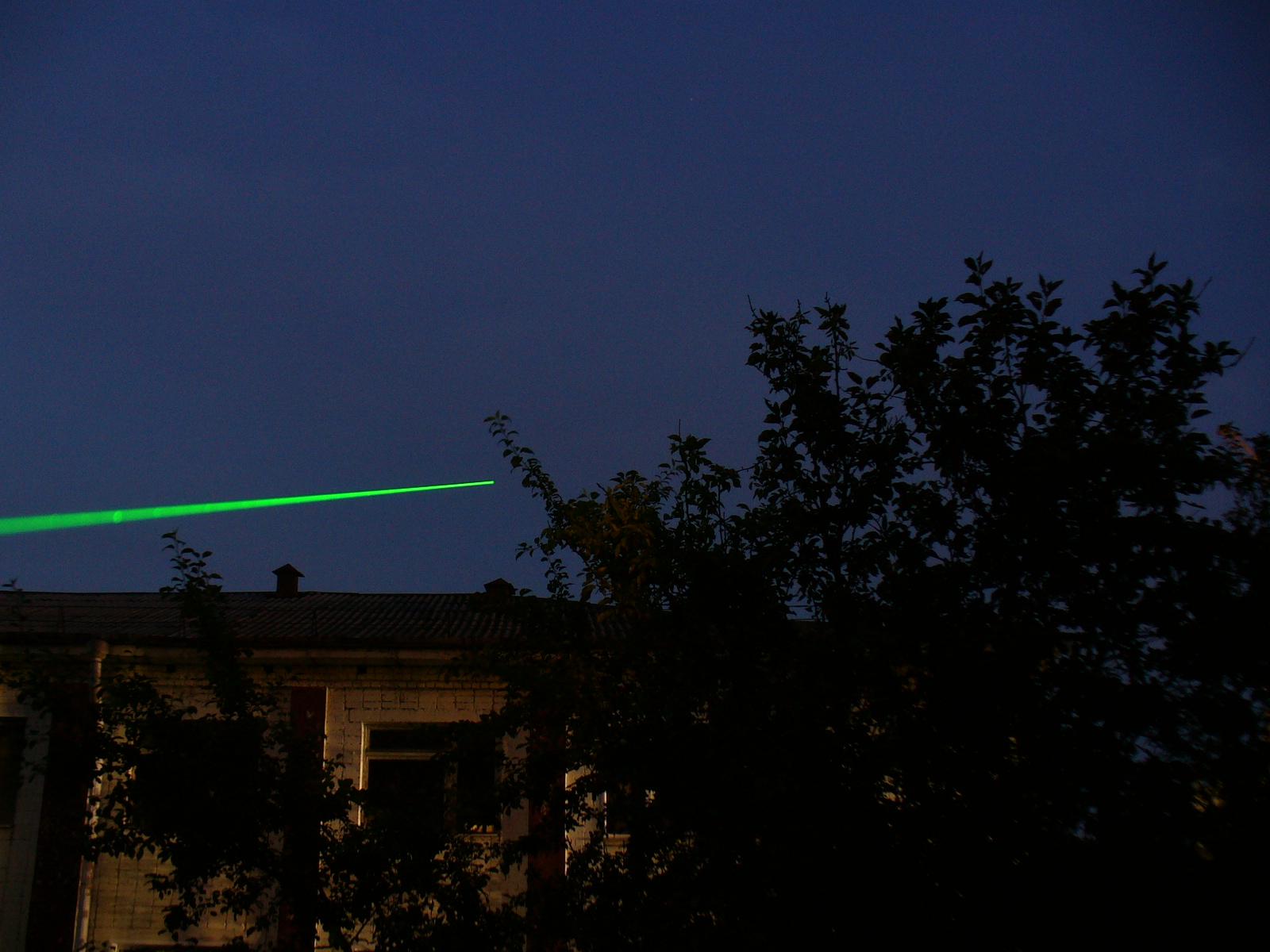 схема генератора накачки зеленой лазерной указки
