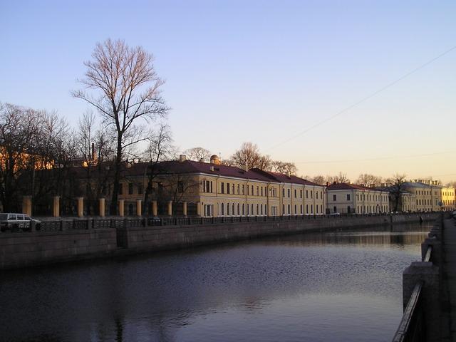 Здания университета