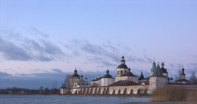 Вид на Кирилло-Белозерский