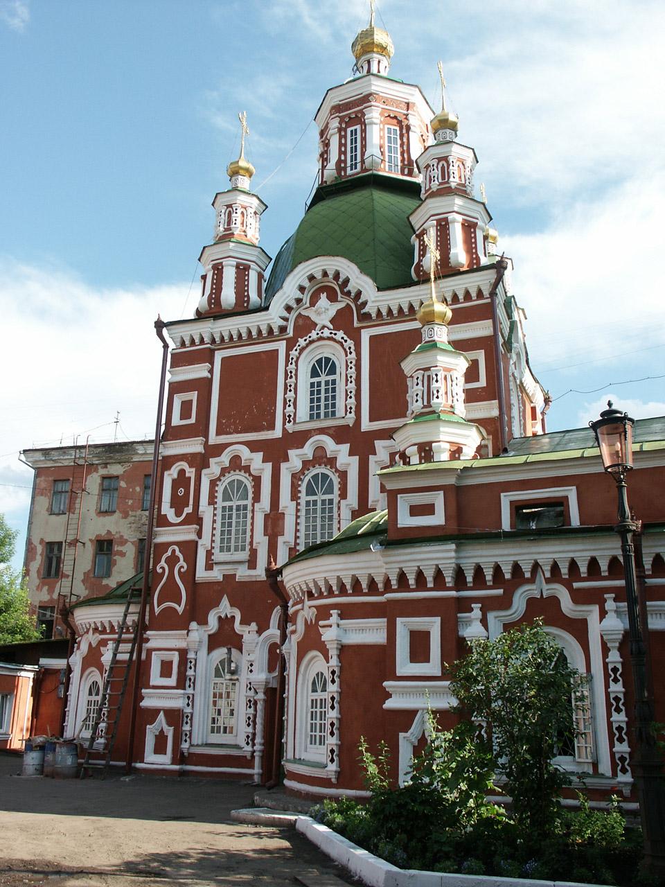 Krasnoyarsk_Surikova_26_Protection_cathedral.jpg